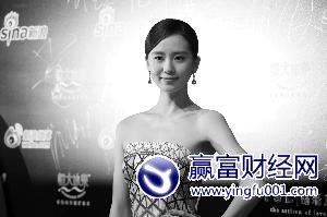 吴奇隆称刘诗诗为女神女友当众羞红脸(图)