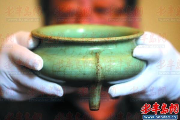 """古代瓷器动辄上亿 市民家传宝成""""幸福的折磨"""""""