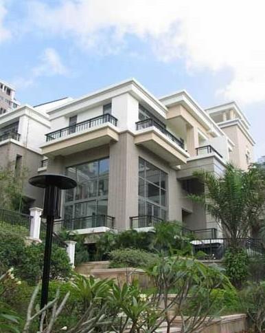 揭李嘉诚香港豪宅:俨如堡垒 到处都要讲风水