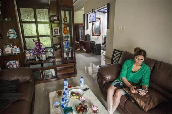 买房可与女房主结婚 印尼女子卖房结良缘