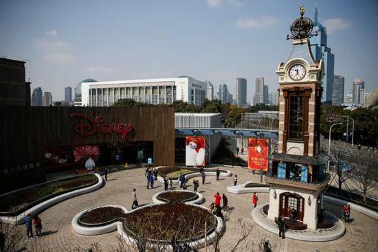 上海迪士尼开业首日:巨大访问量导致票务系统间歇性故障