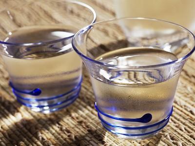 你知道吗 水要这样喝可以治好11种