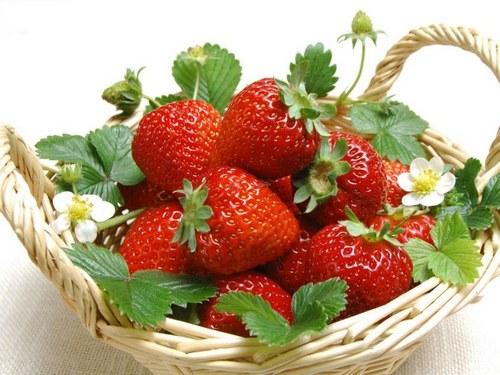 草莓增白桃子除皱 10食物吃出无瑕美肌
